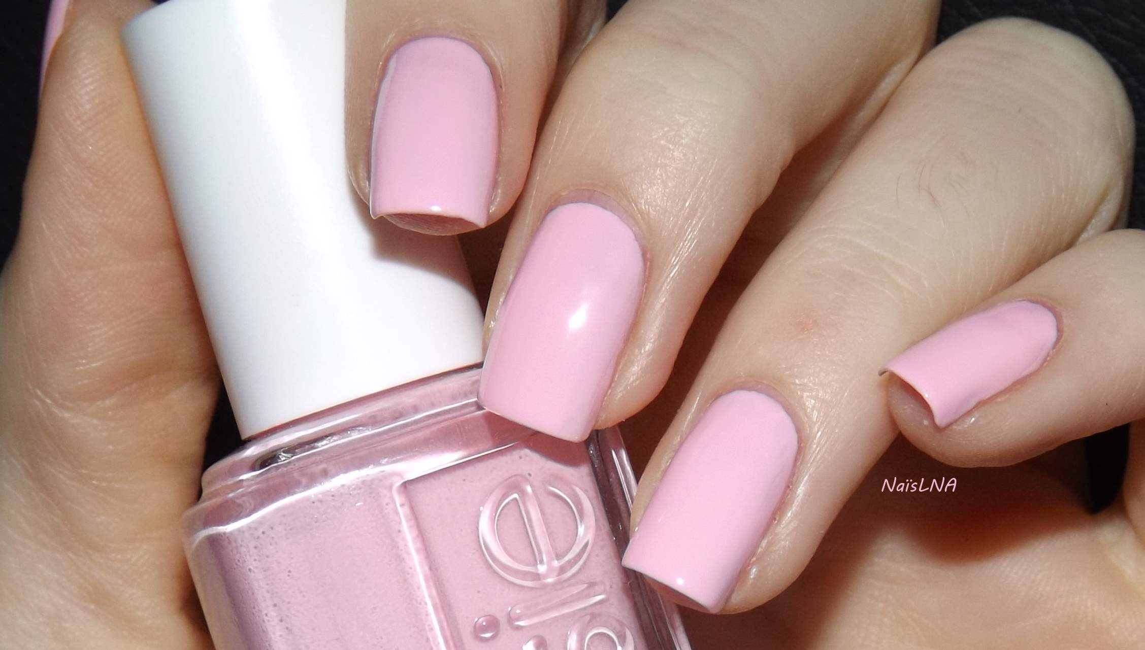 Octobre rose na s nails and co - Faux ongles rose pale ...